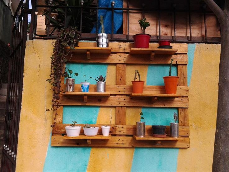 Recycled pallet garden shelving unit