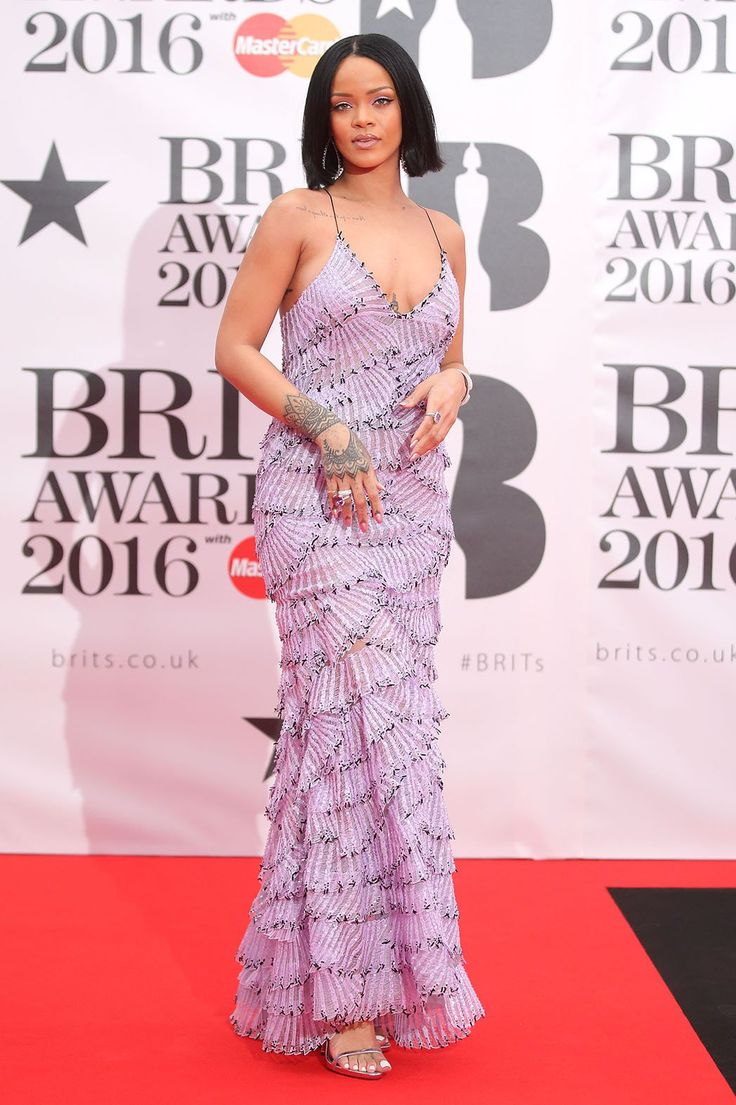 Rihanna Brit Awards 2016