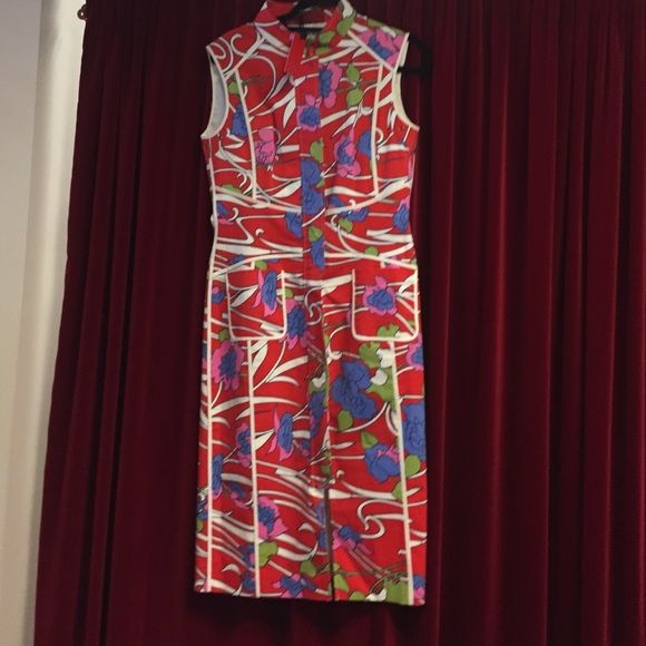 Carolina Herrera dress New with tags ! No PayPal or trades. Reasonable offers via offer option only Carolina Herrera Dresses