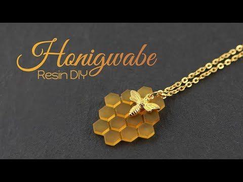 77164fb75d Honigwabe aus Resin – DIY Schmuck