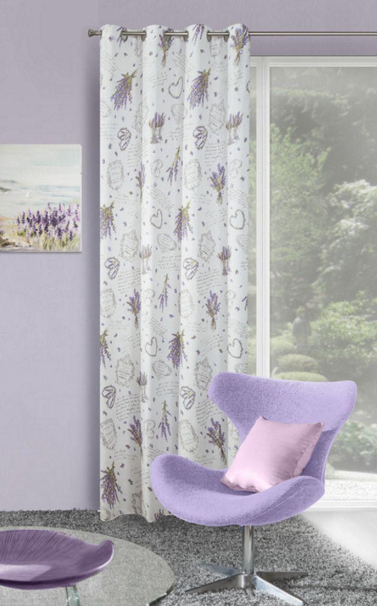 Biała zasłona okienna z fioletowym wzorem