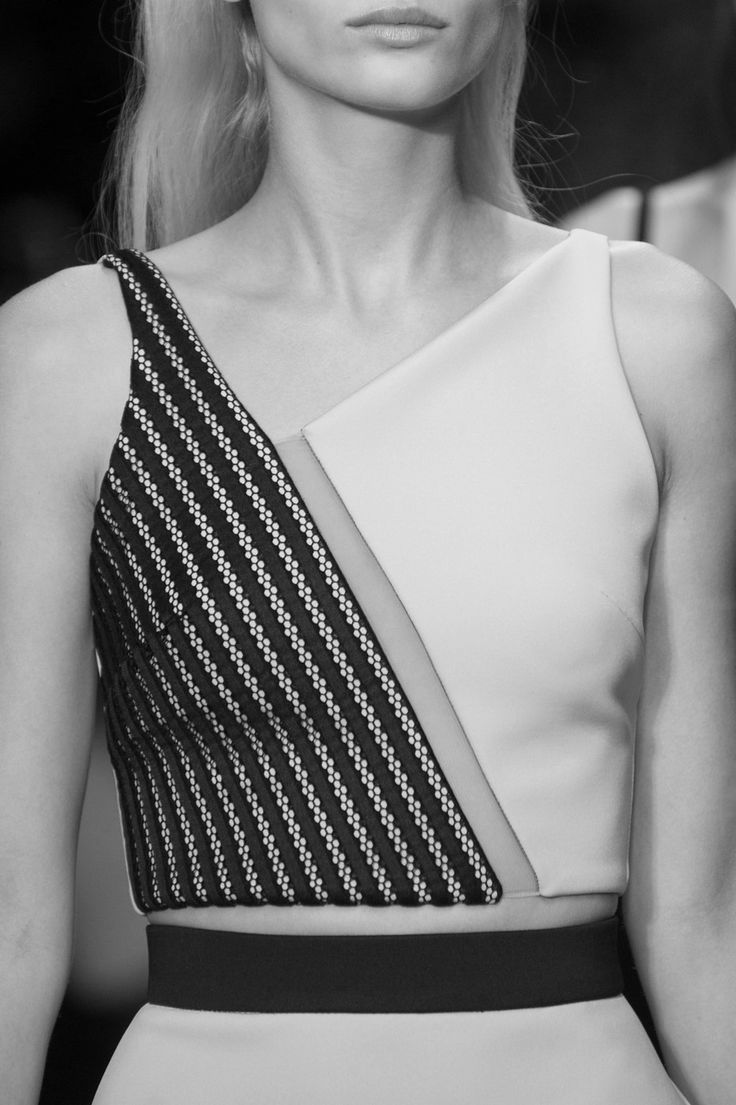 Panelled top with graphic lines and floating panels using contrasting fabrics; fashion details // David Koma Spring 2015