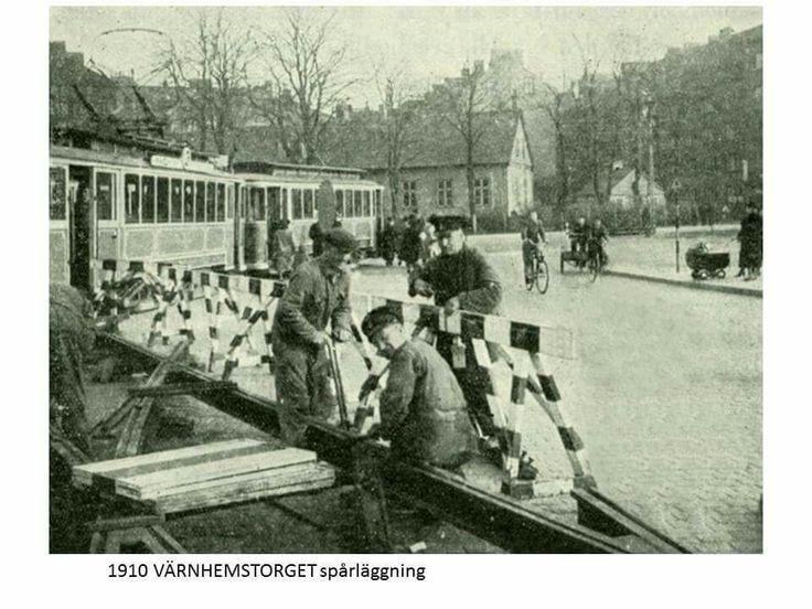 1910 spårläggning på Värnhemstorget.