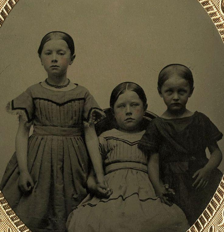 CIVIL WAR ERA 1/6 PLATE TINTYPE PHOTO PORTRAIT OF THREE GIRLS/SIST IN UNION CASE  | eBay