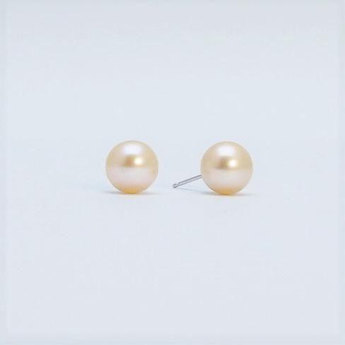 Pale Peach Cultured Pearl Stud Earrings