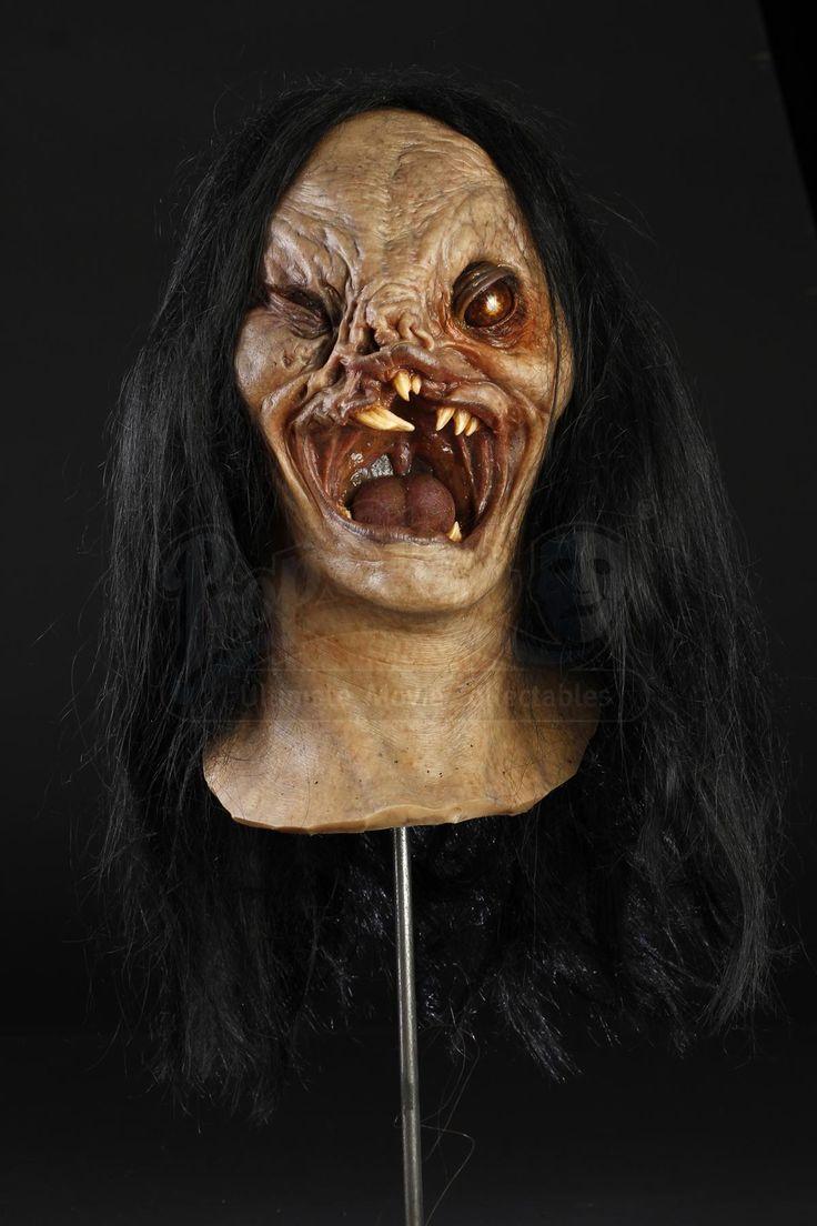THE DEVIL'S ADVOCATE (1997) - Long Hair Demon Head - Price Estimate: $800 - $1000