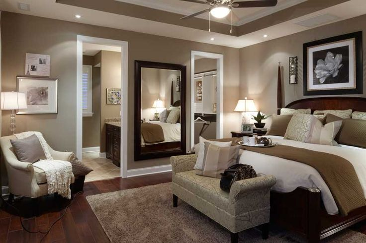 Master bedroom: I like the large mirrrors on one wall. Great idea!