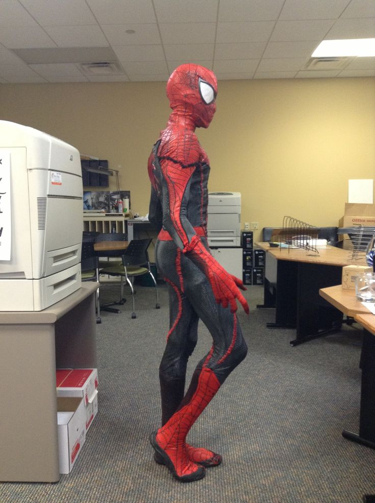 how to make a spiderman costume from scratch