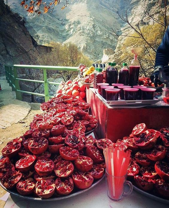 Pomegranate juice, Darband, Tehran, Iran