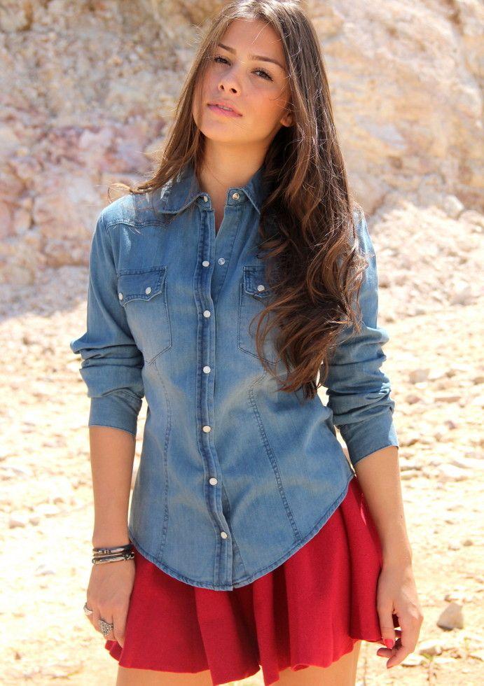 Vestido rodado com camisa jeans