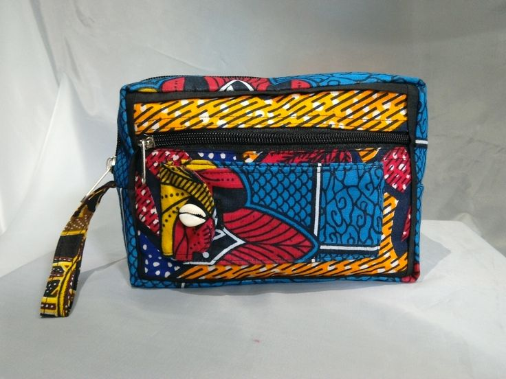 Check out this travelling / toiletry kit by Aromas of Zanzibar at www.nuerasamp.com.