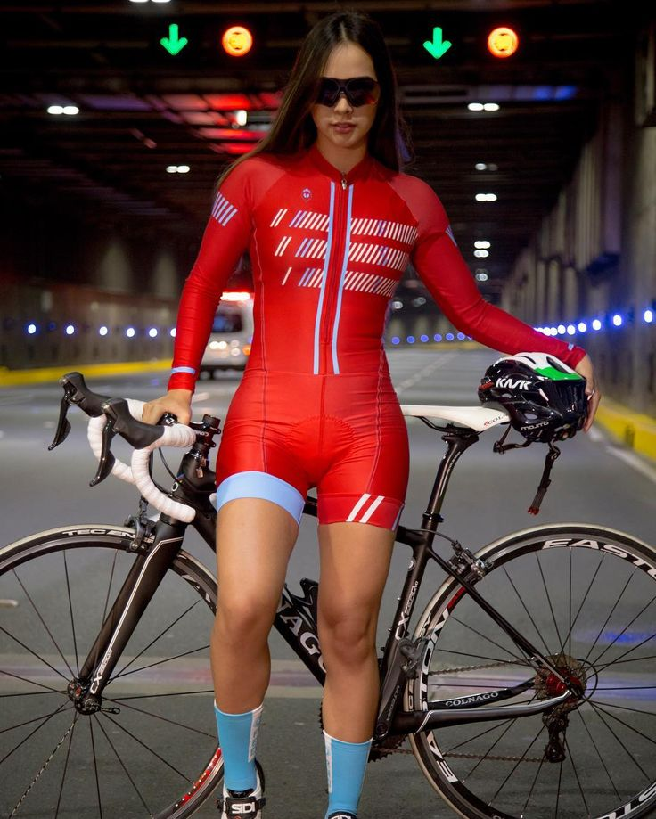 """3,458 Likes, 44 Comments - Diseños y textiles Frenesi SAS (@frenesicali) on Instagram: """"Let the Red light your day! @kitfitcycling #frenesi #kitfitcyclig #bikewear #cyclinggirl…"""""""
