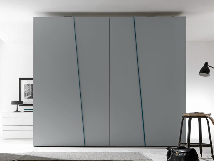 Sectional lacquered wardrobe with sliding doors DIAGONAL Tecnopolis Collection by Presotto Industrie Mobili | design Pierangelo Sciuto