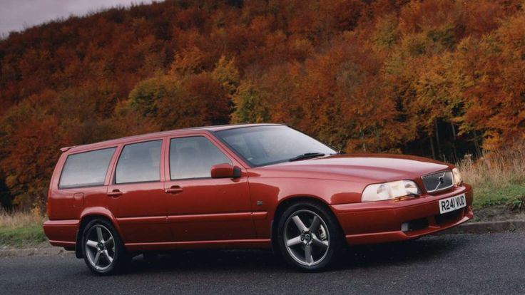 The V70 XC was developed off the back of the Volvo V70R AWD, an all-wheel drive model maximising per... - Volvo
