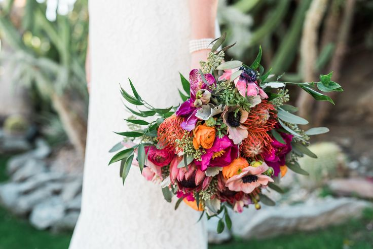 Vibrant + Bright Palm Springs Wedding