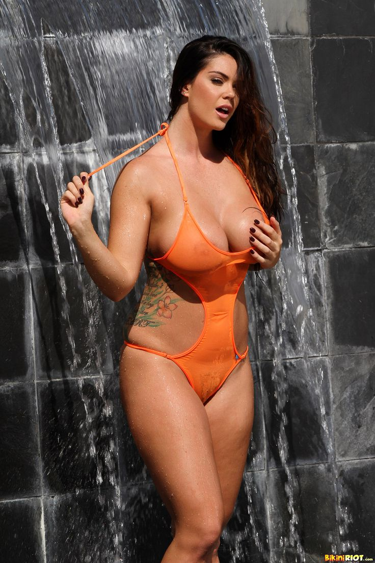 coco hot body nude