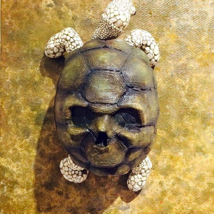 ryosuke senzaki skull tortoise sculpture