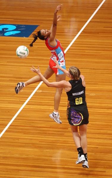 Carla Dziwocki, Sydney Swifts & Casey Williams, Waikato BOP Magic, ANZ Championship, April 2012  #netball