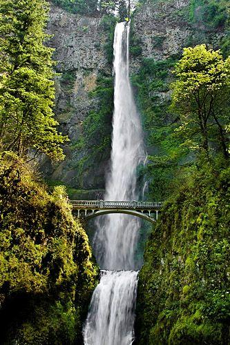 Multnomah Falls - Columbia River Gorge - Oregon