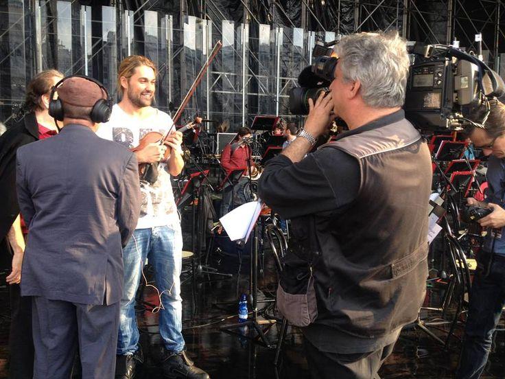 ZDF Leute heute - David Garrett gab Samstag ein Konzert in Mailand...