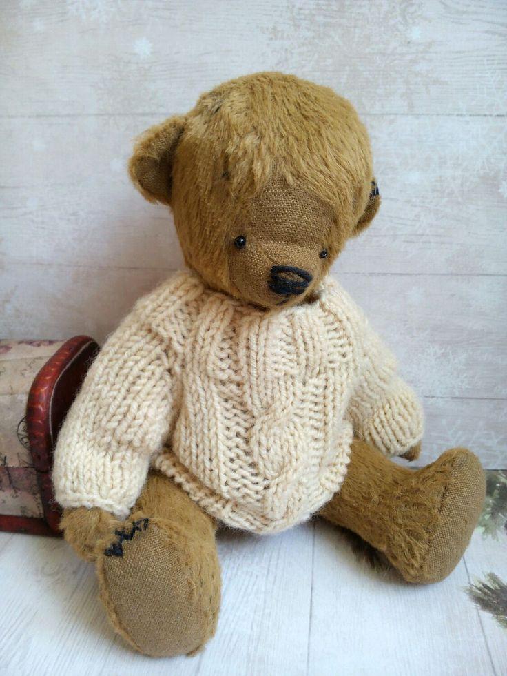 Мишка Тедди ручной работы. Мишка в свитере. Teddy bear in a sweater - Lena Kovalenko - Ярмарка Мастеров http://www.livemaster.ru/item/19051815-kukly-i-igrushki-mishka-teddi-ruchnoj-raboty-mishka-v-svitere