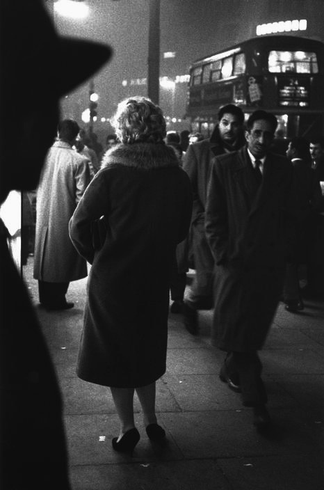 LONDON 1959 Photo: Sergio Larrain