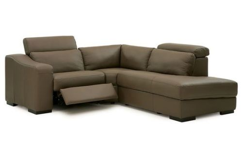 The Cortez Reclining Sectional Set takes its inspiration from mid-century modern design to create a sectional that brings upscale urban sophistication into your home.