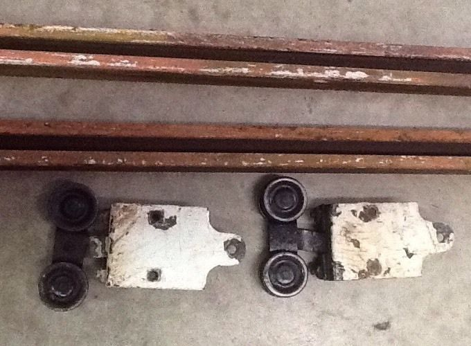 vintage barn door rollers and 10u0027 of track