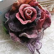 Купить или заказать Авторская брошь роза 'Майская роза' в интернет-магазине на Ярмарке Мастеров. Авторская брошь роза очень красивая,нежная,легкая,яркого цвета. Сделана из шерсти и шелка ручного крашения.Можно носить в любое время года.Прекрасно будет смотреться на пиджаке,кофточке и платье...и пальто. Любую брошь я могу превратить в резиночку для волос,шпильку,украшение на руку,шею.Пишите...) Может стать прекрасным подарком!Все мои работы продаются в подарочной упаковке!