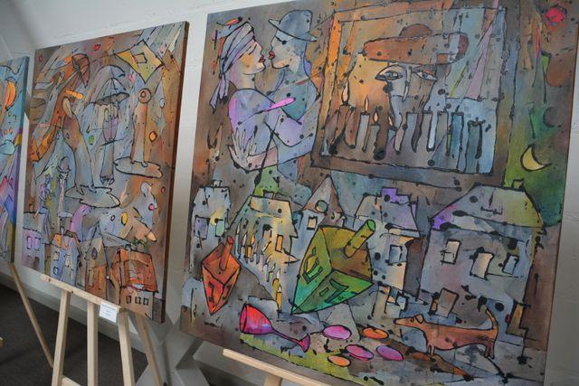 06-03-2014 Prace Małgorzaty Krasuckiej-Margalit. Jej prace malowane są charakterystyczną dla niej techniką i utrzymane w konwencji abstrakcji figuratywnej