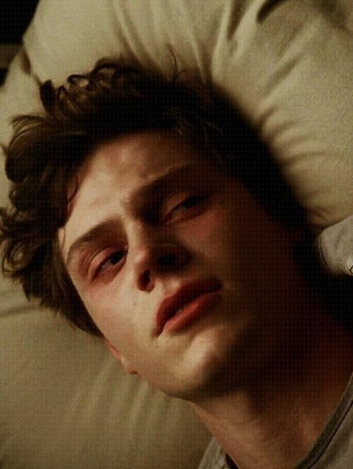 Evan Peters. Kit Walker.