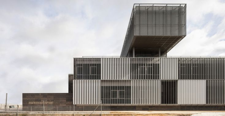 University Campus and Science-Technology Park / CANVAS Arquitectos