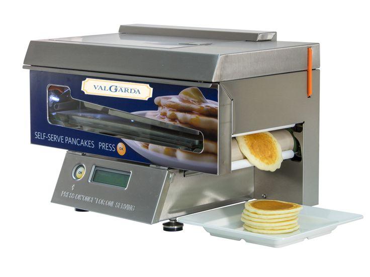 """POPCAKE® MACHINE, la prima ed unica macchina al mondo che dà la possibilità al Vs. Cliente di prepararsi in piena autonomia ed in tutta sicurezza PANCAKES ESPRESSI CALDI E PROFUMATI direttamente sul buffet della prima colazione.  Un'attrezzatura che rivoluziona il modo di presentare questo dolce che fino ad oggi è sempre stato un """"lusso"""" che solo alcune strutture decidevano di concedersi, in quanto per la preparazione dei pancakes ci si è sempre dovuti affidare alla manualità di uno chef…"""