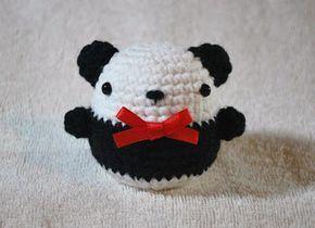 Chubby Panda - Free Amigurumi Pattern here: http://craftyhanako.blogspot.ca/2012/03/chubby-panda.html