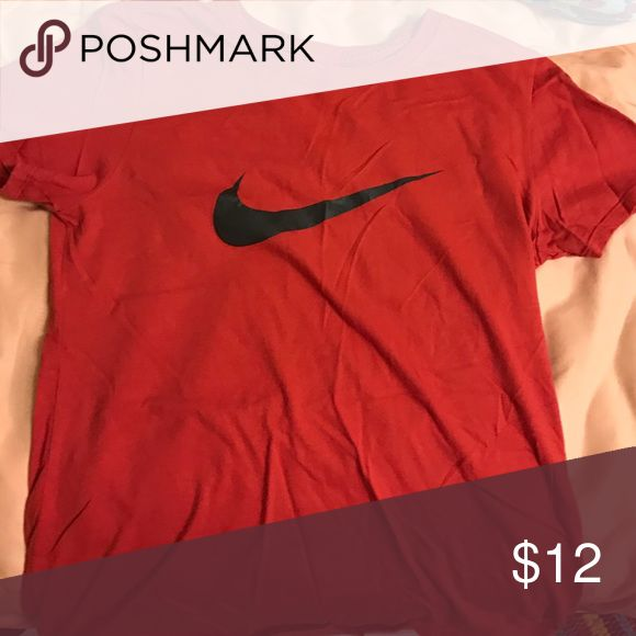 Nike t-shirt Worn one time. In great condition. Nike Tops Tees - Short Sleeve