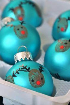 DIY Bastelideen für Weihnachtsbasteln mit Kindern, Geschenke selber machen, Mit Fingerabdrücken und Fußabdrücken basteln