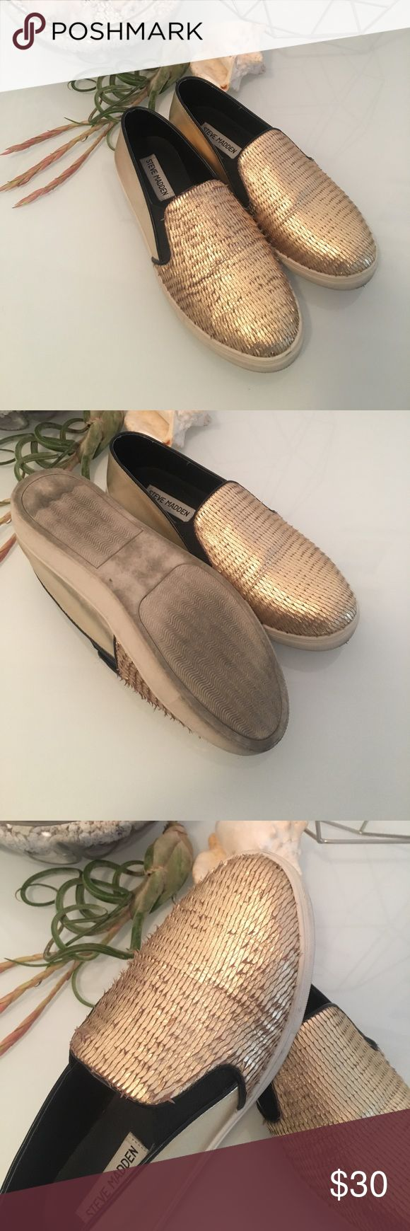 Gold textured slip on tennis shoe Worn twice, very cute metallic shoe Steve Madden Shoes Athletic Shoes