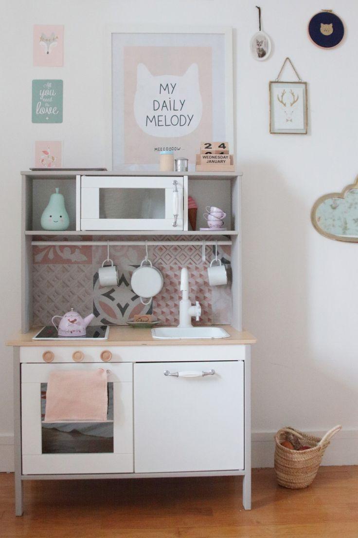 ikea hack une cuisine pour enfant r tro b b cuisine. Black Bedroom Furniture Sets. Home Design Ideas