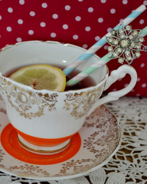 vintage teacup cocktail