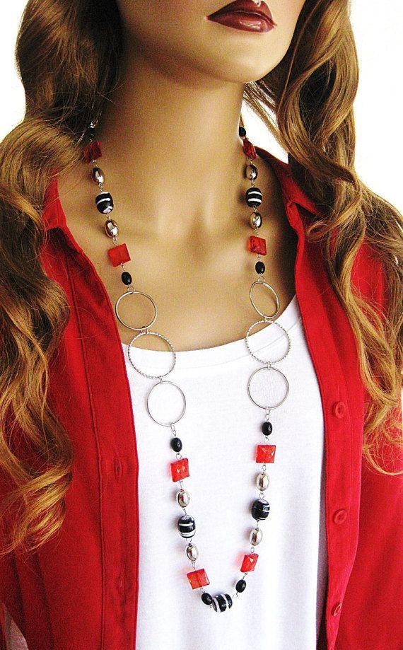 Collar negro y rojo collar largo collar de por RalstonOriginals