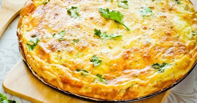 Recette de Quiche légère jambon gruyère sans pâte et sans gluten. Facile et rapide à réaliser, goûteuse et diététique.