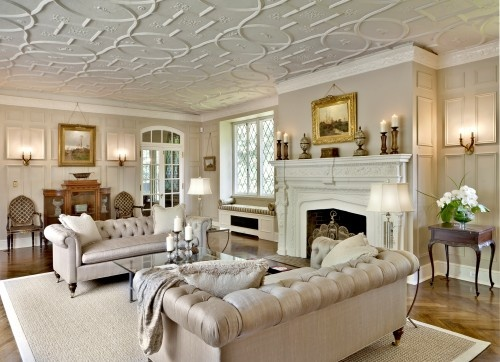 ceiling: Interior Design, Sofa, Livingrooms, Room Ideas, Ceilings, Traditional Living Rooms, Family Room, Fireplace, Courtney Interiors