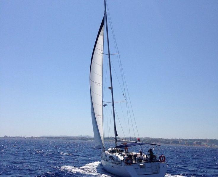The South Week Review - Party Sailing Flotilla - SailChecker.  http://sailchecker.com/blog/the-south-week-party-sailing-flotilla/