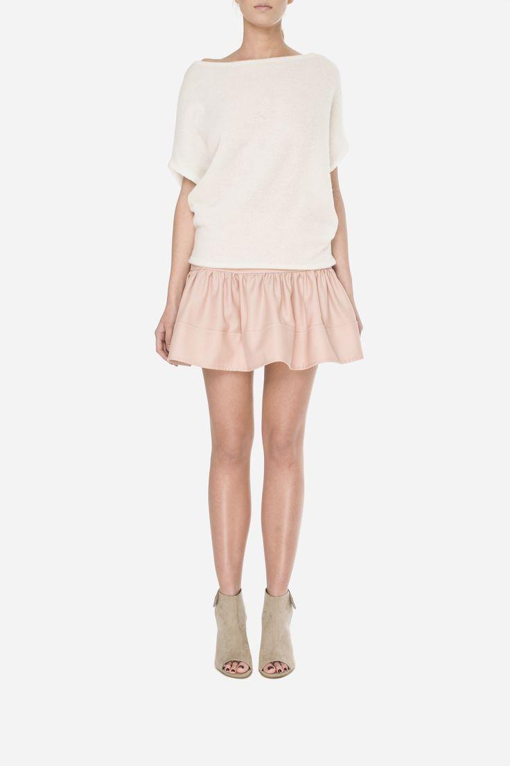 31 Woolen jumper - 500zł (125€), Skirt - 500zł (125€)