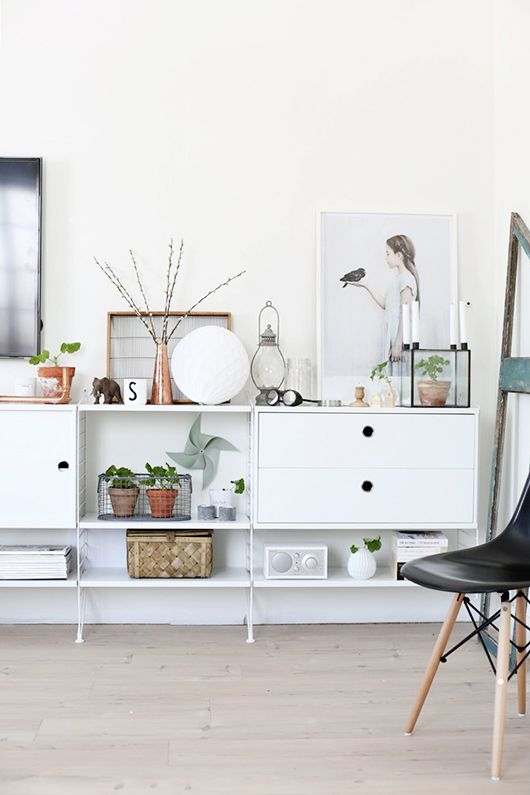 Via SF Girl by Bay | String Pocket | Eames DSW Chair | Scandinavian: