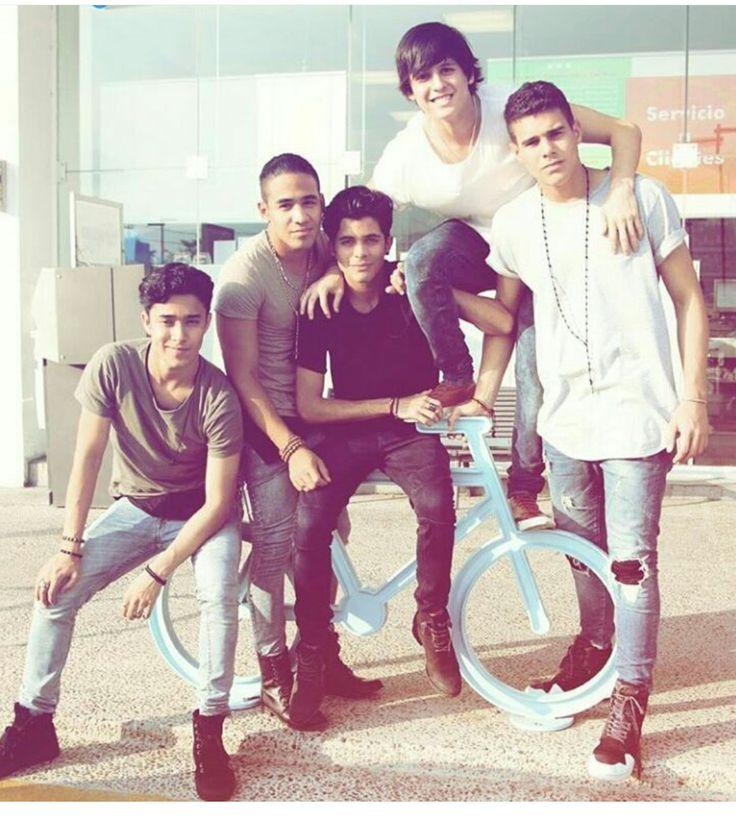 CNCO❤❤❤mi banda favorita ME ENCANTAN!!!!!!