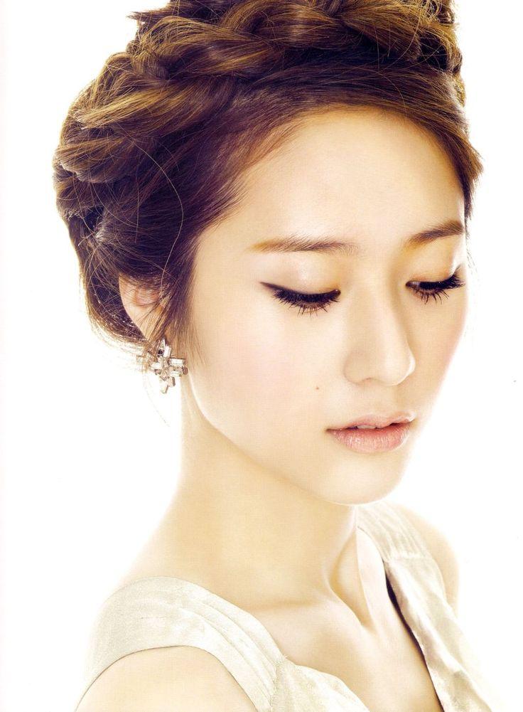 Krystal Jung Simply Elegant Look