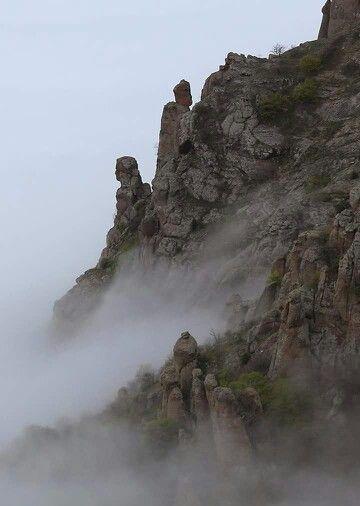 Стражник Долины привидений. Крым. Россия.
