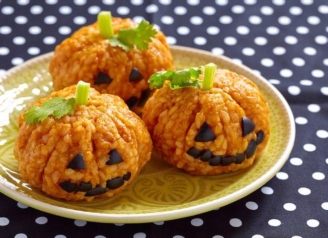Рисовые тыковки на Хэллоуин   Ссылка на рецепт - https://recase.org/risovye-tykovki-na-hellouin/  #Кашиизапеканки #блюдо #кухня #пища #рецепты #кулинария #еда #блюда #food #cook