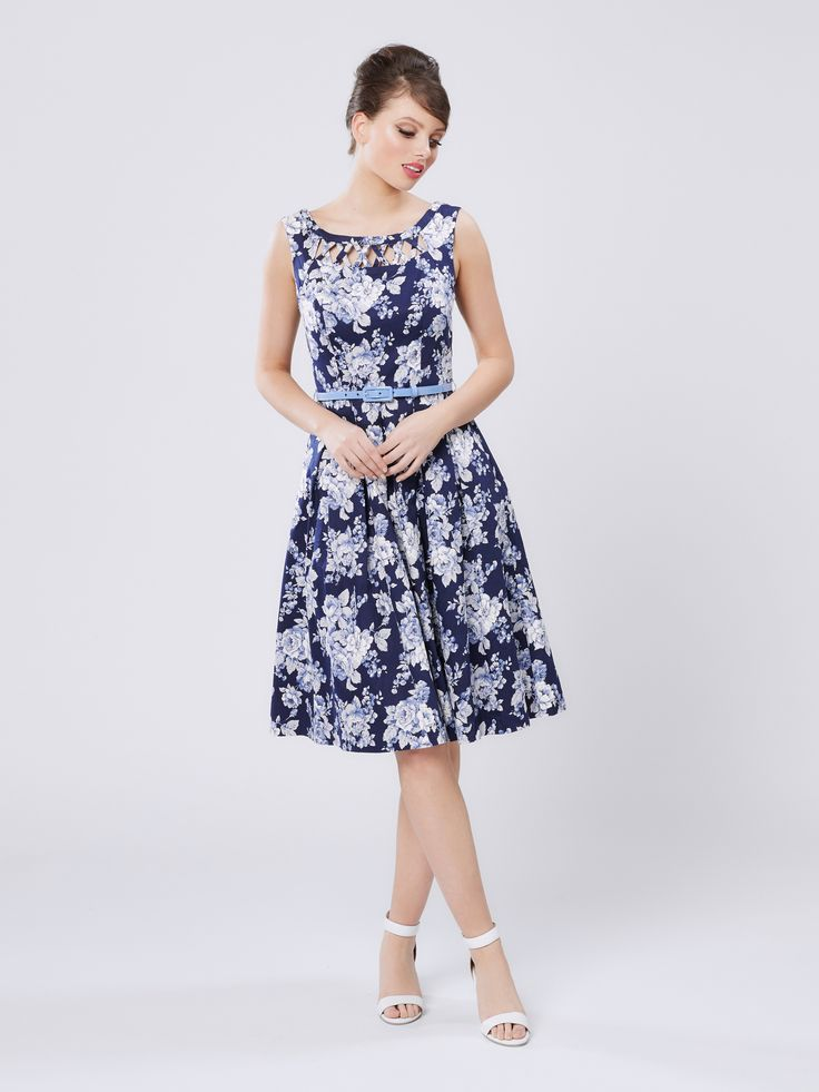 News flash, we've got new dresses dropping daily so if you're looking for a wardrobe overhaul then you've come to the right place. Whether you're looking for a dress for your next big special occasion or it's something a little more casual that you need, you bet we've got something for you.